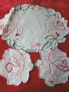 VINTAGE GREEN IRISH LINEN HAND WORKED FLORAL EMBROIDERY DRESSING TABLE SET