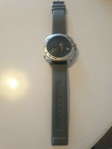 Hugo boss watch with grey silicone strap