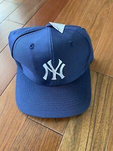 NWT Vintage 90s MLB New York Yankees Logo 7 Plain Logo Snapback Hat