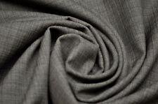 Handarbeitsstoffe aus Wolle ohne Muster
