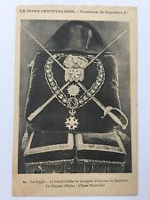 Le Dome Des Invalides Tombeau de Napoleon La Crypte hat swords Postcard A12