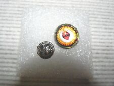 SACRED HEART OF JESUS PIN Stained Glass Church window Copy Lapel Badge Catholic