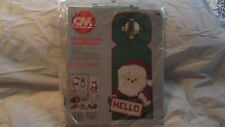 CHRISTMAS PLASTIC CANVAS DOOR HANGER KIT VINTAGE SEALED SANTA JOYCE LEVITT 1983