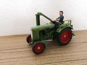 Siku Classic Fendt Traktor Dieselross mit Mähbalken 1:32 aus Sammlung