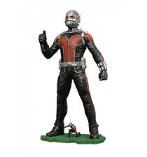 Diamond Marvel Gallery Figurine Ant-Man