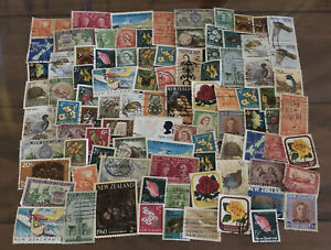 Mixed Bulk/lot Of New Zealand  Stamps. Happy To Combined Post.