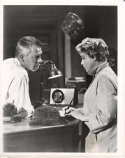 """THE GENERAL ELECTRIC THEATRE""-ORIGINAL PHOTO-TV SHOT-LEE MARVIN-SIMONE SIGNORET"