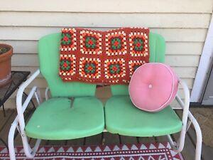 Vintage 70s retro granny squares afghan blanket quilt Roseanne big bang theory
