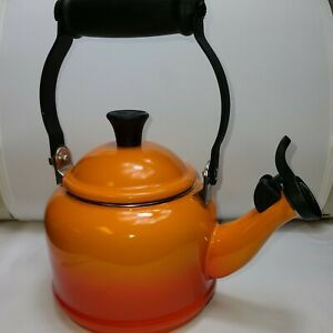 Le Creuset 1.25 Quart Tea Kettle FOR DECORATIVE USE ONLY Gradient Flame Orange