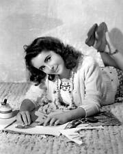 Elizabeth Taylor 8x10 Photo 076