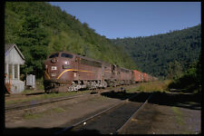 391072 USA Lehigh Valley EMD F7A Leading Alco With Train 1972 A4 Photo Print