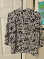 Banana Republic Women's Top Sz Medium Sheer Floral 3/4 Sleeve Ruffle Bib Blouse