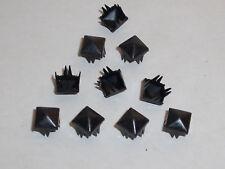 100 Pyramidennieten  Pyramiden Nieten Krallennieten  7x7 mm schwarz NEU rostfrei