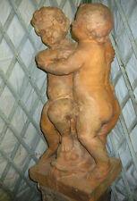 Skulptur Gartenfigur Engel Figuren Terracotta Figur Steinfigur Putto Putti Fisch