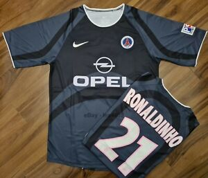 PSG 01 02 RONALDINHO Retro Football Shirt LARGE Classic Paris Third Black Grey