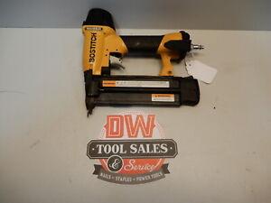 """Bostitch Brad Nailer 18 Gauge 2"""" Inch Nail Gun (USED) Trim Nailer"""