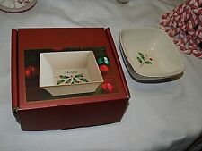bowls Lenox Christmas bowls 2 set square round 4 inch decorative collectible