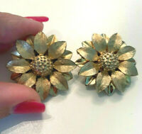 Vintage Gold Tone Sarah Coventry Signed Flower Clip On Earrings