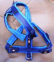 Tolles Geschirr für Hund + Trixie Größe M Bauchumfang 53-64 cm indigo/royalblau