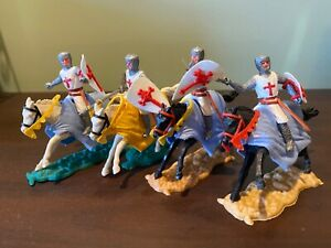TIMPO MOUNTED CRUSADER MEDIEVAL KNIGHTS TEMPLAR X 4 1960's  made in Gt Britain