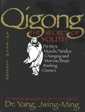QIGONG, THE SECRET OF YOUTH - JWING-MING YANG (PAPERBACK) used