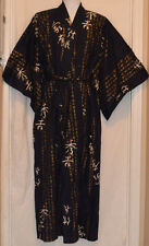 "Japanese Men's Kimono 100% Cotton Robe Kanji Scrolls Made in Japan 60"" M Medium"