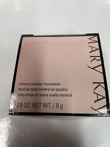 Mary Kay Mineral Powder Foundation - Beige  033376 1./5 .28oz