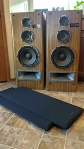 Vintage Technics SB-a30 Floorstanding stereo speakers