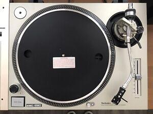 Technics SL1200 MK2 Silver w/Needle