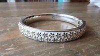 Brighton Bangle Enamel Bracelet 2 3/8 inch inner diameter