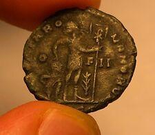 Valentinian I AE3 , Chi-Rho Captive