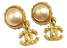 Auth Vintage Chanel CC logo Gold Plated Clip-on Pearl Earrings ear ring France