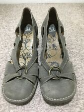 Lovely Ladies Fly London Grey Leather Heeled Shoes 7 (40)