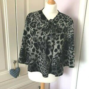 Animal Print Capelet Cropped Grey Black Felted Wool Cape Per Una Size M L Autumn
