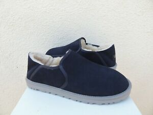 UGG KENTON TRUE NAVY BLUE SUEDE/ SHEEPSKIN SLIPPERS, MEN US 9/ EUR 42 ~NIB