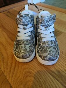 Baby girl glitter cheetah high top shoes H&M size 4/5