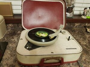 Vintage Fidelity HF31  Tiny Valve Record player