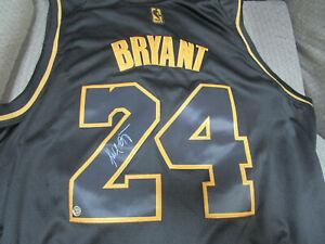 kobe bryant autographed jersey size xl w/ coa