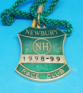 Newbury Horse Racing Members Badge (Jumps) - 1998 / 1999