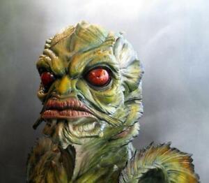 Creature Black Lagoon Gillman Bust - Pro Painted Resin Monster Burnett 1998