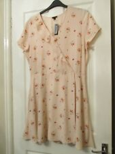 LADIES PINK FLORAL CROSS FRONT TEA DRESS SIZE 18 BY RIVER ISLAND NWT'S