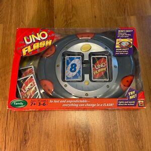 UNO Flash Electronic Family Card Game Mattel M1002 NIB
