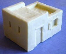 SHQ LAA2 1/76 Resin WWII Arabic Adobe Smaller House