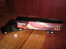 MCDONALDS 1999 EGGSPRESS LANE TRACTOR/TRAILER 1:64 SCALE DIE CAST RARE BNIB