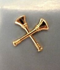 Fire Dept Captain Collar Pin Device Set of 2 Tacs 2 Crossed Bugles Gold Plated