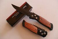 PC-069 Petit Couteau Pliant Lame Acier Dentée 7 cm Manche Bois 9 cm Outdoor