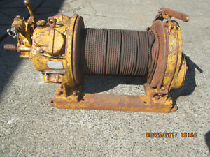 INGERSOL-RAND AIR TUGGER WINCH model K4UL  W/PARTIAL DRUM OF CABLE (id:356)