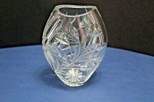 "Clear Crystal Vase Cut and Etched Flower Leaf Design 7"" Tall, 2lb 7.6oz"