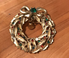 Pin With Bell 2� Vintage Christmas Gold-tone Wreath Brooch