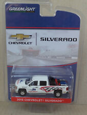 Greenlight 1:64 - 2015 Chevrolet Silverado Dragstrip Track Safety Response Team